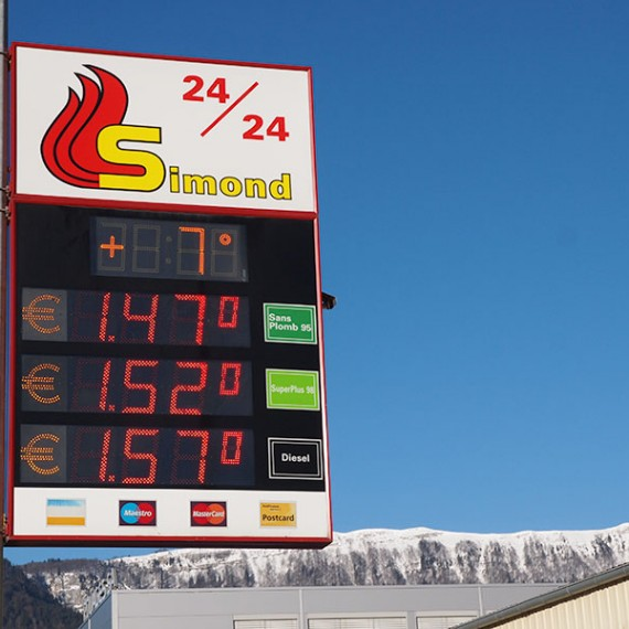 Station de carburant Simond